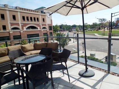 Terrace/Patio | Kent State University Hotel and Conference Center