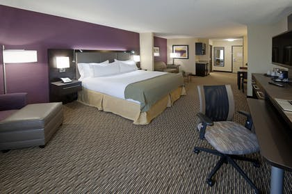 Guestroom | Holiday Inn Express Hotel & Suites Clearfield