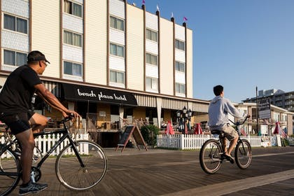 Featured Image   Beach Plaza Hotel