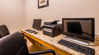 Business Center | Best Western Plus Magee Inn And Suites