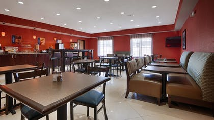 Breakfast Area | Best Western Plus Magee Inn And Suites