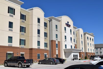 Featured Image   Candlewood Suites Monahans