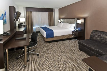Guestroom | Holiday Inn Austin Airport