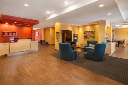 Lobby Sitting Area | TownePlace Suites by Marriott Hobbs