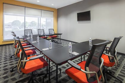 Meeting Facility | TownePlace Suites by Marriott Hobbs