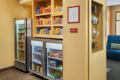 Snack Bar | TownePlace Suites by Marriott Hobbs