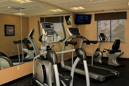 Fitness Facility | Holiday Inn Express & Suites Floresville