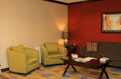 Lobby | Holiday Inn Express & Suites Floresville