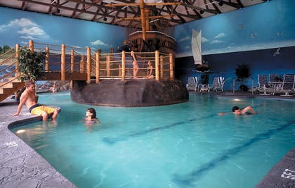 Indoor Pool | John Carver Inn & Spa