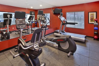 Fitness Facility | Holiday Inn Express Hotel & Suites Frankenmuth