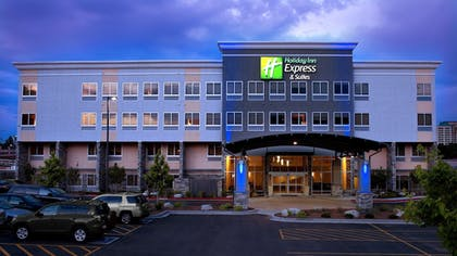 Featured Image | Holiday Inn Express Hotel & Suites Colorado Springs Central