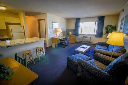 Living Area | Groton Inn and Suites
