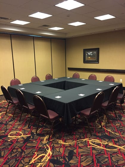 Meeting Facility | Hampton Inn & Suites Bismarck Northwest