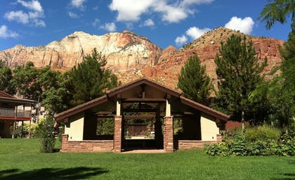 Property Grounds | Cliffrose Lodge & Gardens at Zion Natl Park