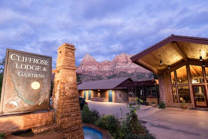 Hotel Front | Cliffrose Lodge & Gardens at Zion Natl Park