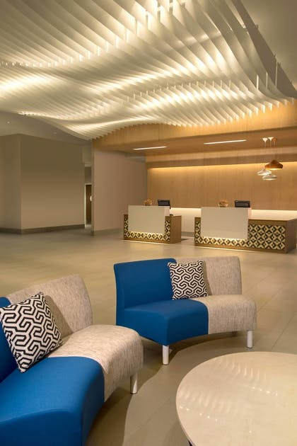 Lobby | SpringHill Suites by Marriott San Diego Oceanside/Downtown