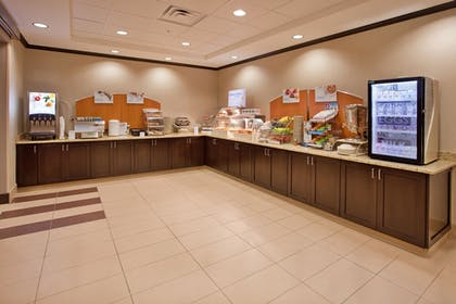 Restaurant | Holiday Inn Express Hotel & Suites St. Joseph