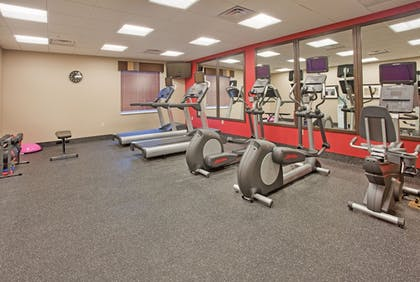Fitness Facility | Holiday Inn Express Hotel & Suites St. Joseph