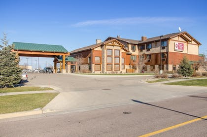 Hotel Front | Best Western Plus Kelly Inn & Suites