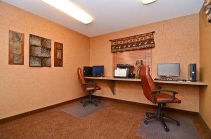 Business Center | Best Western Plus Kelly Inn & Suites