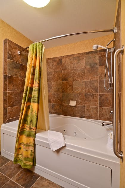 Jetted Tub | Best Western Plus Kelly Inn & Suites