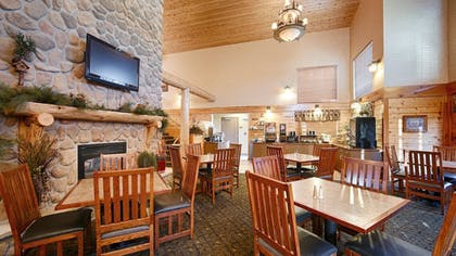 Restaurant | Best Western Plus Kelly Inn & Suites