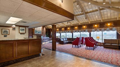 Lobby   Best Western Plus Portsmouth Hotel & Suites