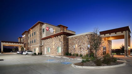 Hotel Front | Best Western Plus Fort Worth Forest Hill Inn & Suites