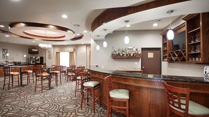 Breakfast Area | Best Western Plus Fort Worth Forest Hill Inn & Suites
