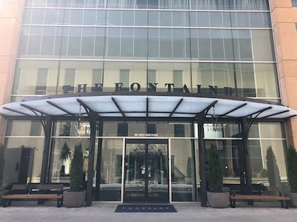Hotel Entrance | The Fontaine