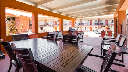 Terrace/Patio | Best Western Red Hills