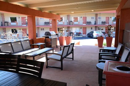 Sports Facility | Best Western Red Hills