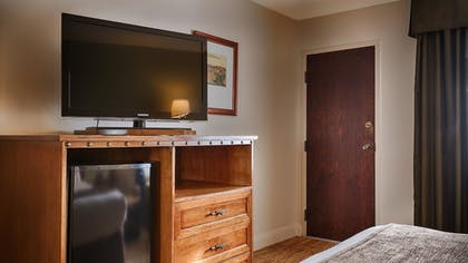 Guestroom | Best Western Red Hills