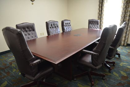Business Center | Candlewood Suites Youngstown W I-80 Niles Area