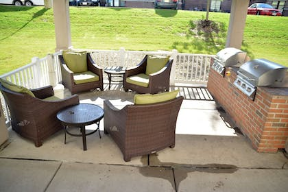 Terrace/Patio | Candlewood Suites Youngstown W I-80 Niles Area