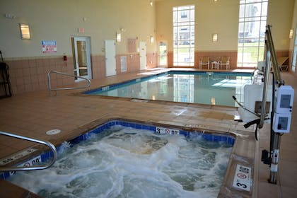 Pool | Candlewood Suites Youngstown W I-80 Niles Area