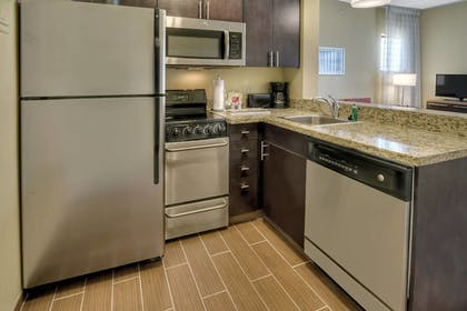 Guestroom | Towneplace Suites Oklahoma City Airport