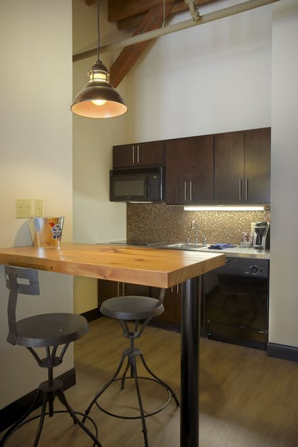 In-Room Kitchenette | The Brewhouse Inn & Suites