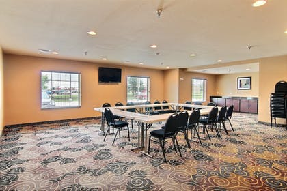 Meeting Facility | Cobblestone Hotel & Suites - Crookston