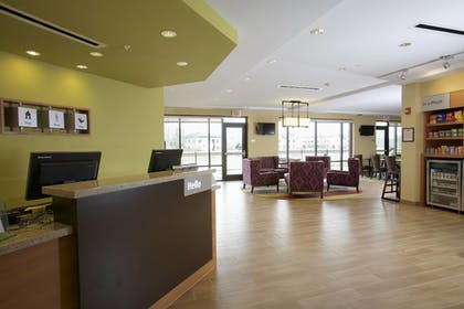 Lobby | TownePlace Suites Jackson Ridgeland/Township at Colony Park
