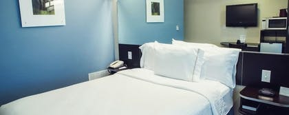 Guestroom | Three Rivers Inn & Suites