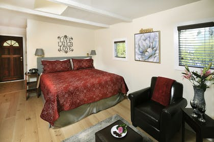 Guestroom | Inn on the Russian River