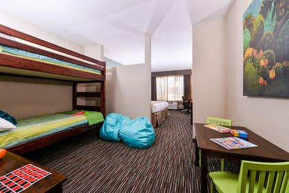 Childrens Theme Room | Holiday Inn Express Hotel & Suites Indio