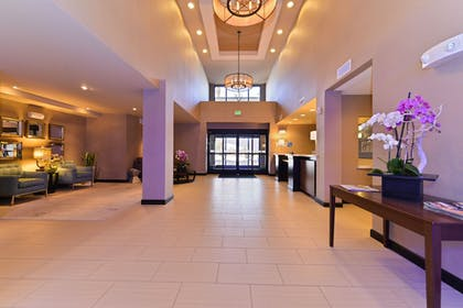 Lobby | Holiday Inn Express Hotel & Suites Indio