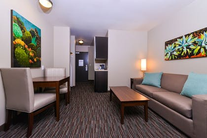 Living Area | Holiday Inn Express Hotel & Suites Indio
