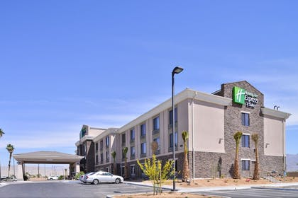 Featured Image | Holiday Inn Express Hotel & Suites Indio