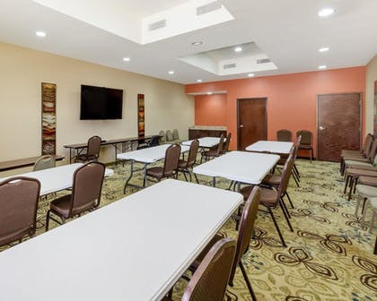 Meeting Facility | Comfort Suites Cotulla near I-35