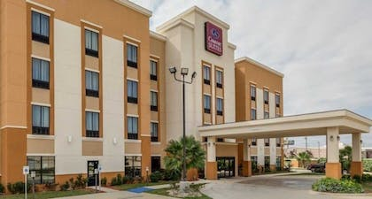 Parking | Comfort Suites Cotulla near I-35