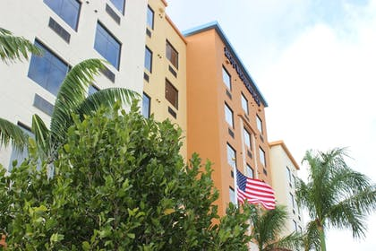 Exterior | Best Western Plus Miami Executive Airport Hotel & Suites