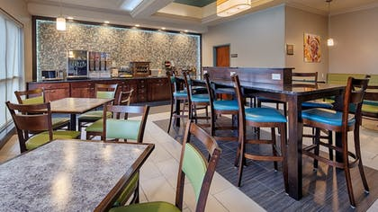Restaurant | Best Western Inn & Suites